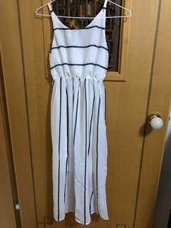 🚚 雪紡材質連身洋裝