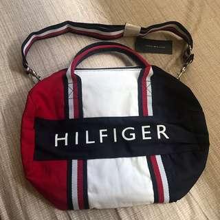 00abb1476ca0 Tommy Hilfiger duffel bag