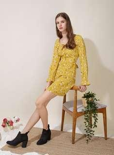 [And Well Dressed] Floral Tie Front Flared Dress