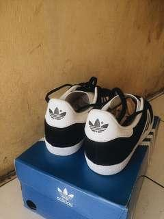 Adidas gazelle black and white original Made in Indonesia