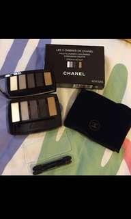 Chanel eye shadow set