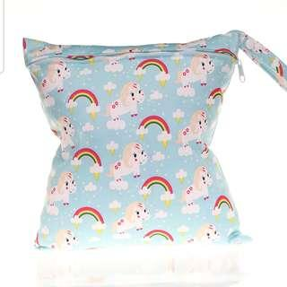 Wet Bag / Diaper pouch / Multifunction pouch