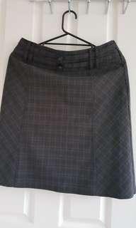 Women's checkered fabric brown skirt