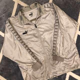 🚚 Puma銀色風衣外套(保留)