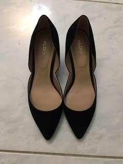 ALDO 絨料黑色2吋高踭鞋