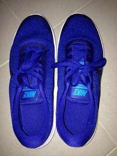 Nike Shoes US 8