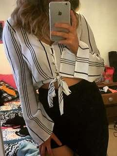 Flared sleeve tie up top