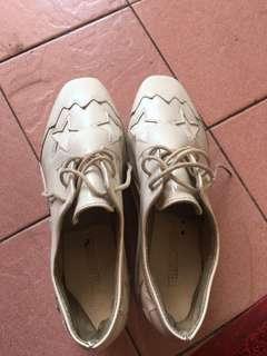 Sepatu stella mcartney