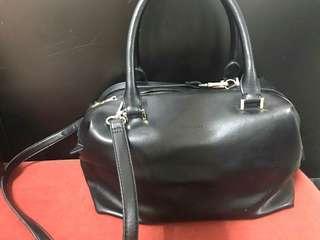 Vincci Black Handbag