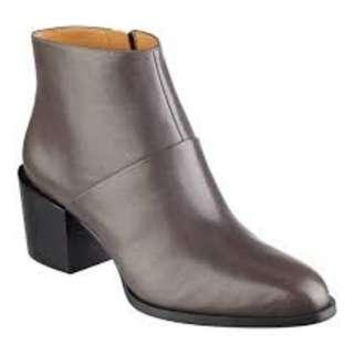 New Grey Nine West Entity Pointed Toe Ankle Booties - Size 9