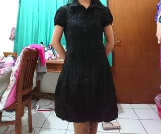 Balloon Black Dress