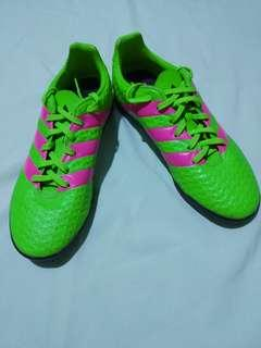 Like new adidas ace for junior