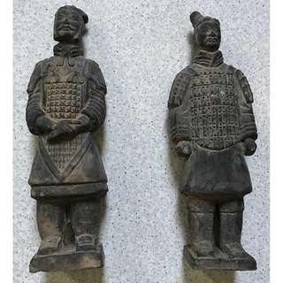 2 Pieces Clay Chinese Terracotta Warrior Statue Qin Soldiers Display Figurines Vintage Set Bing Ma Yong