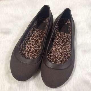Crocs Size 6