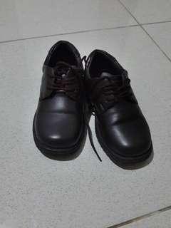 sepatu anak 3 tahun