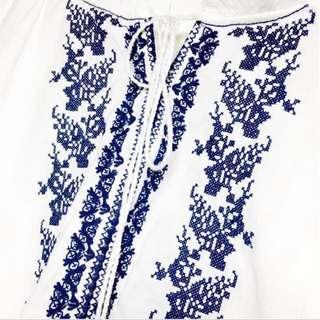 🚚 民族刺繡 流蘇綁帶 荷葉領 公主袖日韓版上衣