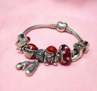 🚚 只給轉轉們的特價~正品潘朵拉Pandora 手鍊含所有絕版聖誕節串珠