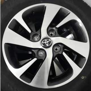 Toyota Avanza Original Rim With Tyre