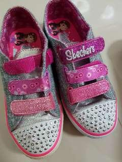 Preloved skechers shoes