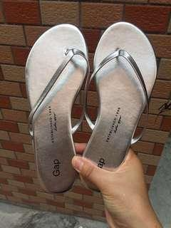 GAP ladies Slipper (purchase for you item)