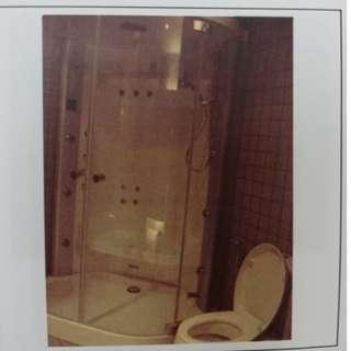 Villeroy & Boch Shower Stall
