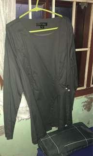 Love to Dress (LtD) Pearl side blouse in Bark