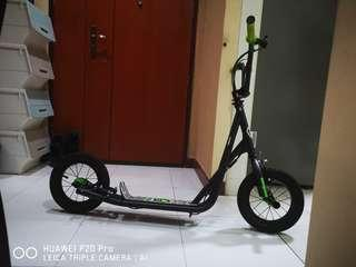 """Original Imported Mongoose Expo 12"""" Kick Scooter"""