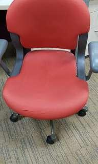 Used 150pcs chair for sales with free delivery