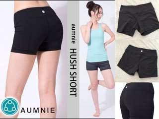 [ Aumnie。Short。S size。短褲。90%new 著少於五次。Lululemo。顯瘦。修身。健身。Hot yoga。瑜伽。跑步。運動衫 ]