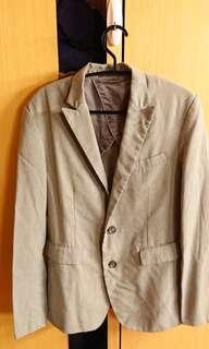 🚚 COMME CA ISM 西裝外套 男生合身版 S號 八成新 卡其色