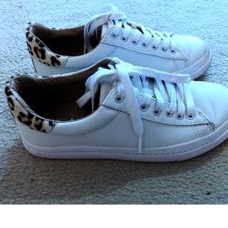 WANTED leopard pony hair sneakers