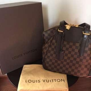 LOUIS VUITTON Damier Canvas Verona MM Bag