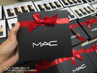 🚚 mac lipstick 2pcs in a box