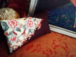 Noyna pillow
