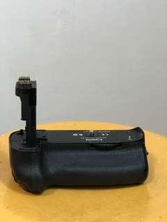 Canon Battery Grip for 5D Mark 3!