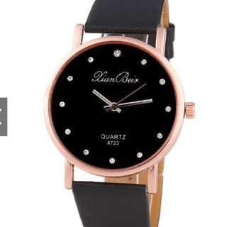 Black Simple Leather Watch (no battery, not working)