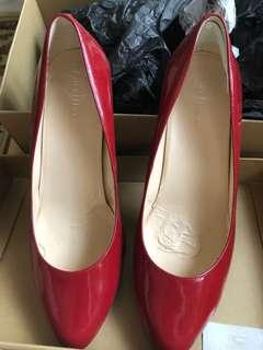 Cole Haan pumps in Patent Red size US8/EU38.5/UK5.5 #PayDay30
