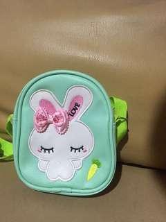 tas slempang anak