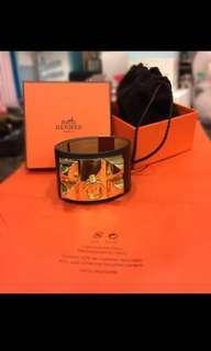 Hermes colluer De Chien Black Bracelet in Swift Leather and Gold Hardware