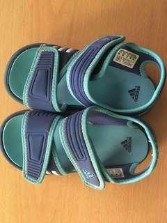 US 9 adidas for boy
