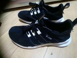 Adidas SL LOOP 波鞋42.5碼