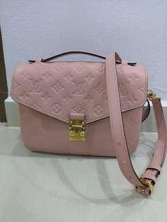 e28d1a92637 LV Metis Pink rare!