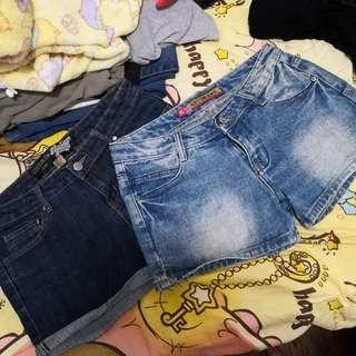 🌟 最後機會!新淨 牛仔短褲 兩條 Size 28