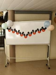 Fast deal $15 - Mickey mouse WELCOME banner (9 Pcs Paper deco)