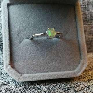 #sellfaster 👑天然歐泊純銀鍍18K白金戒指  🌠主石4×5.5mm活口圈 👑 Natural Opal Silver Ring