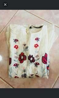 ZARA WOMAN Embroidered Offwhite Longsleeve Top