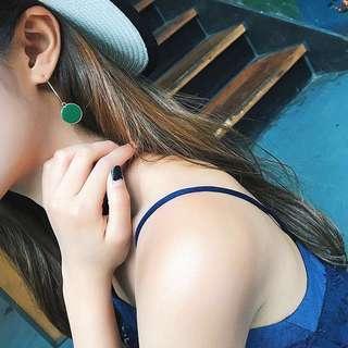 Minimalist Modernist Leaf Green Earrings