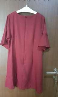 Dres maroon cocok bumil yg elegan