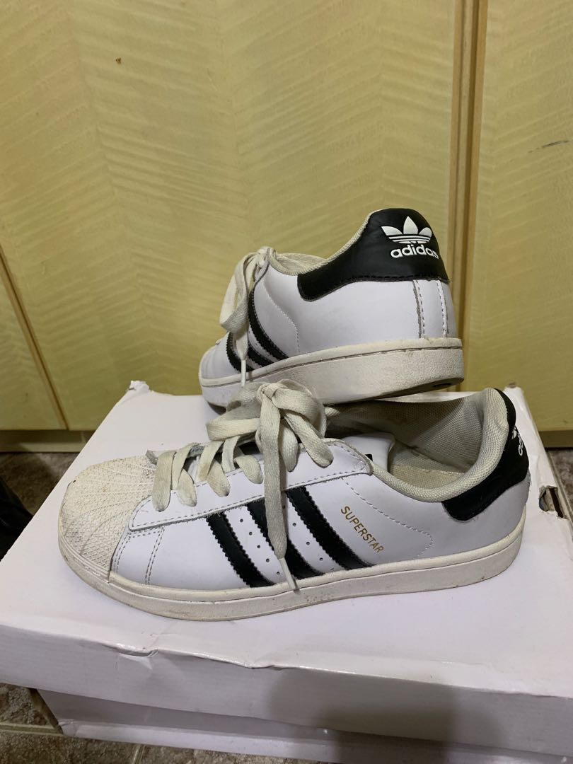 brand new 5c221 58090 Adidas Superstar 39碼100元 不議價