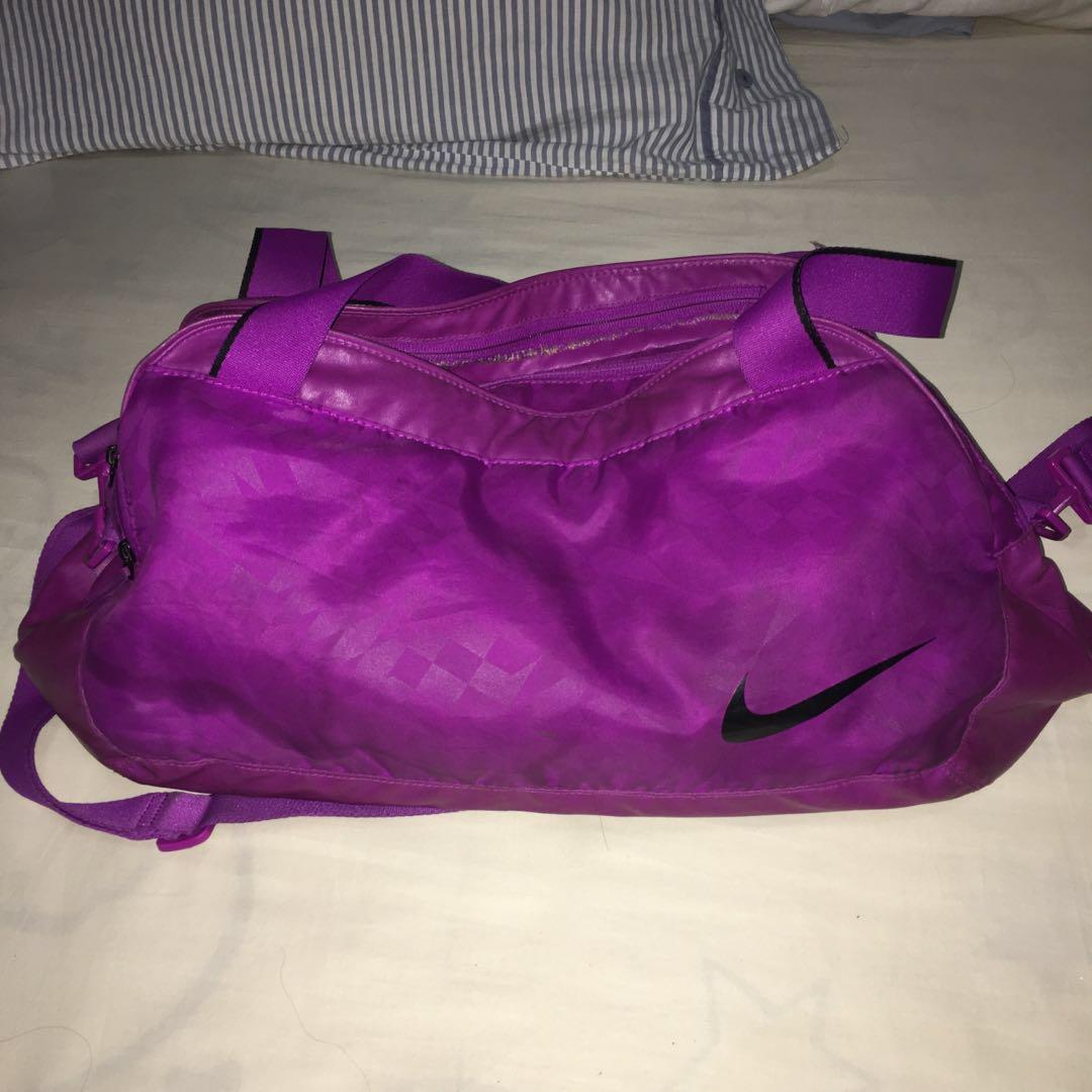 2d0e4124a57e AUTHENTIC Nike gym bag